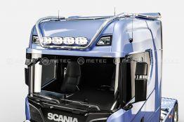 Scania kattovaloteline korkea pitkillä jatkosiivillä LED 1870€