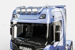 Scania kattovaloteline korkea 627€ ja 782€
